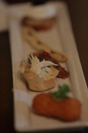 Holbeck Ghyll: Canapes