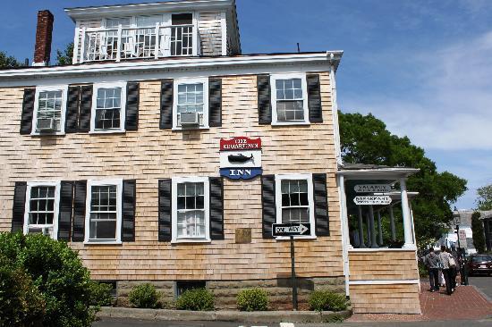 The Edgartown Inn: Edgartown Inn Exterior