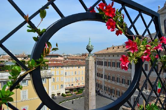 Colonna Palace Hotel: View from the rooftop terrace