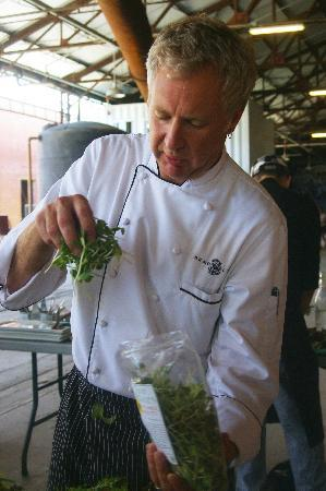 Chowbella Taste & Travel: Chef Long prepares the first course salad