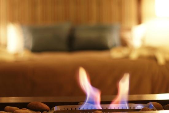 La Lune One Suite Hotel Cusco : Fireplace