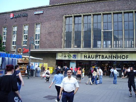 Erste Hilfe Ibis Hotel Dusseldorf
