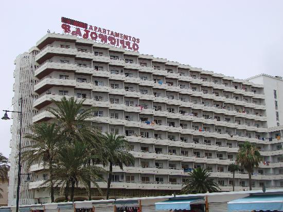 Bajondillo Apartments : Hotel Overview