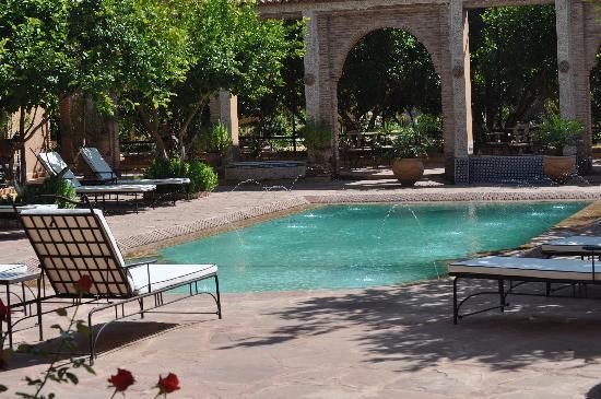 Riad Jnane Ines: La piscine