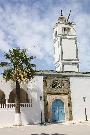 Тунис, Тунис: tunis