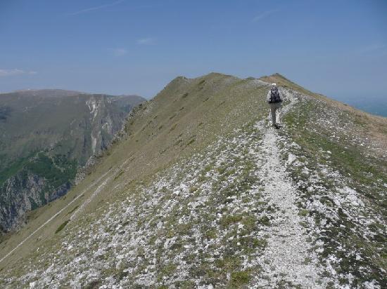 Agriturismo Le Castellare: Monte Sibilla Ridge