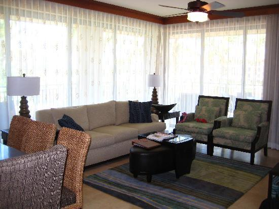 Koloa Landing Resort at Poipu, Autograph Collection: Lvg Room of 3 Bedroom suite