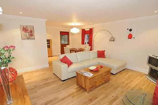 Bearnock  Country Cottages : Silver Birch Lounge