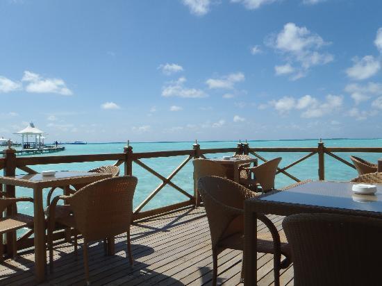 Cinnamon Hakuraa Huraa Maldives: View from the bar
