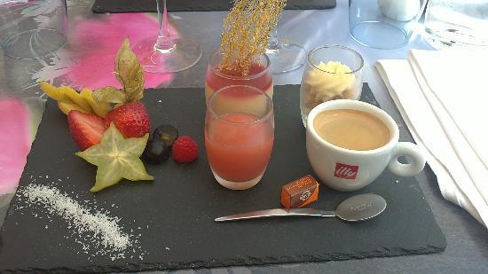Le sweet restaurant: café gourmand