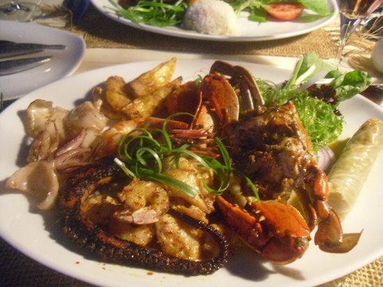 Jade Terrace Food & Drink: Seafood Combo