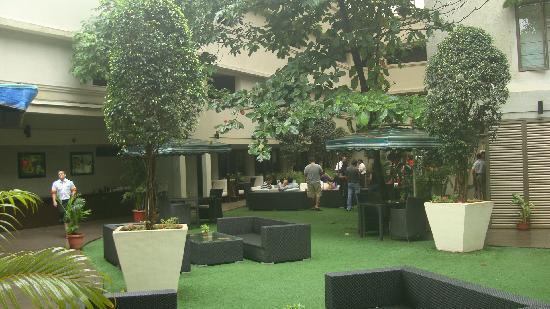 Citrus Hotel Lonavala : The Restaurant