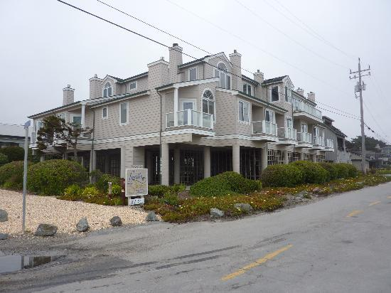 Landis Shores - An Oceanfront Bed and Breakfast Inn: A view of Landis Shores