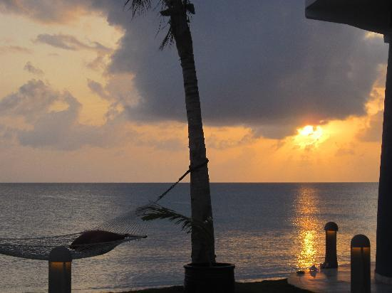 Lighthouse Bay Resort Hotel: Sunsets are amazing.