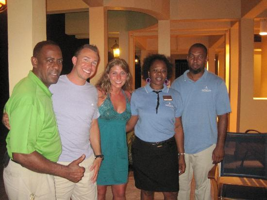 Lighthouse Bay Resort Hotel: Terrence, Monica & Wade were all great!