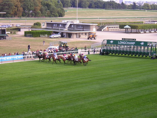 Longchamp Racecourse: Racing Bastille Day
