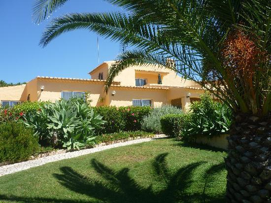Quinta da Nina: Blick auf das Haus aus dem dazugehörigen Garten
