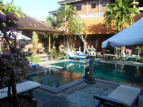 Stana Puri Gopa Hotel : Suite