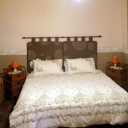 La Souvigne : Downstairs bedroom