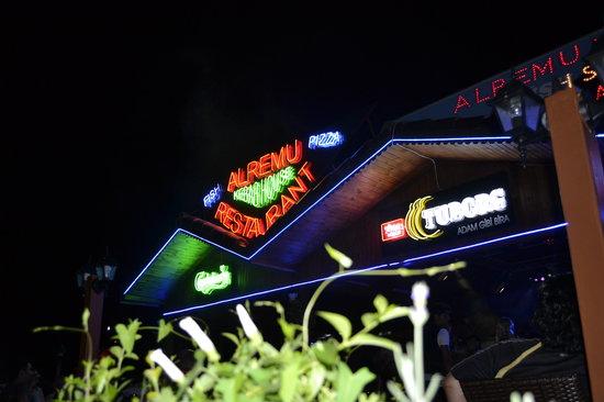 Alremu Bar & Restaurant : Alremu