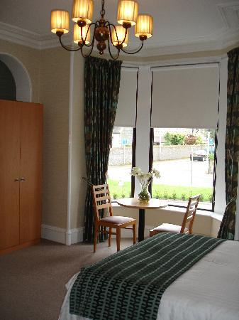 Dunavon House Hotel: The room