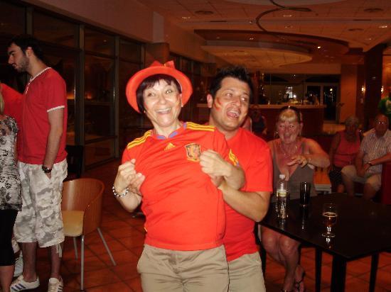 Hotel Mediterraneo Benidorm : staff
