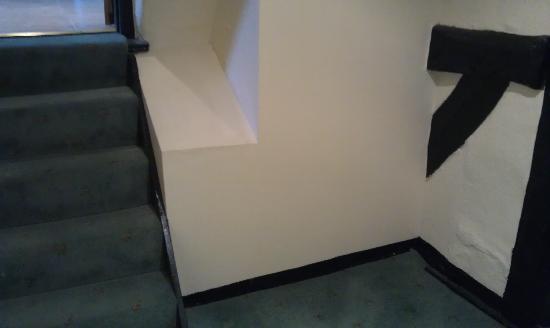 The White Swan Hotel: Family Room lobby