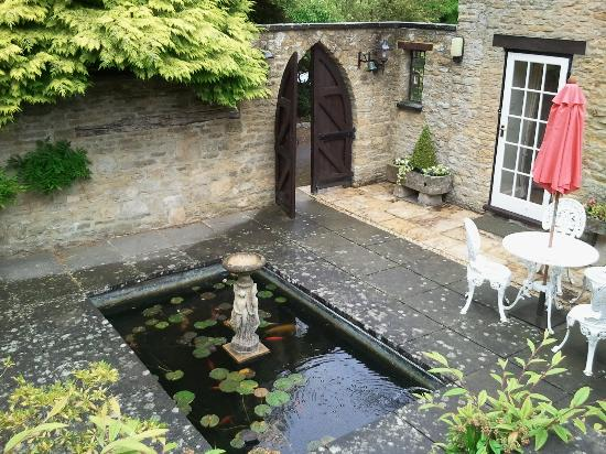 Photo of Swan Lodge Chipping Norton