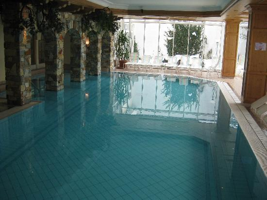Traumhotel Alpina: Pool