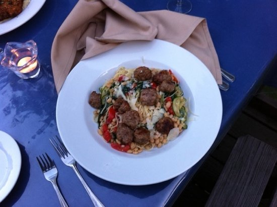 Waterwheel Cafe, Bakery & Bar : angelmhair pasta with sausage