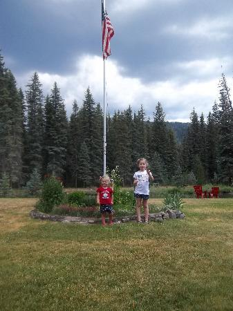 Eagle's Nest Cabins & Homes: 4th of July