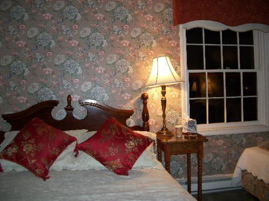 America's Cup Inn: My favorite room 4th Floor Suite