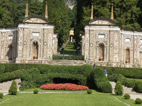 Villa d'Este: grounds of hotel-perfect for wedding ceremony