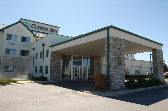 Crystal Inn Hotel & Suites Great Falls: Entrance