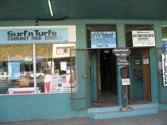Surf And Turf : Unassuming entrance to good food