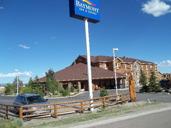 Baymont Inn & Suites Pinedale: The Baymont Inn