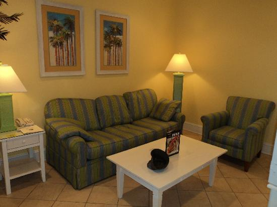 Island Inn of Atlantic Beach: Living Room