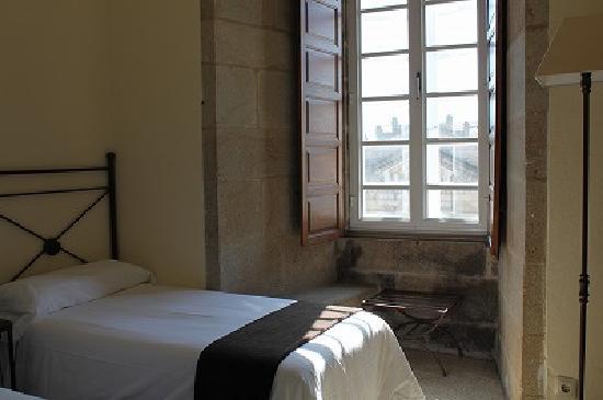 Hospederia San Martin Pinario: 部屋の入り口から