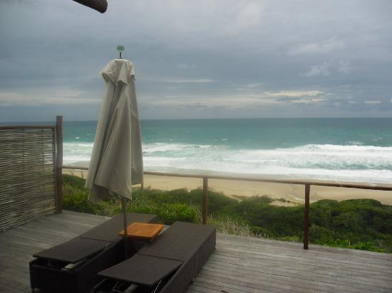 Massinga Beach Lodge: A cloudy day at Massinga.