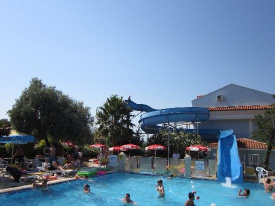 Ova Resort Hotel: fun pool