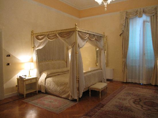 Grand Hotel & La Pace: The Suite