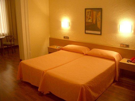 Hotel Pelayo: habitación doble