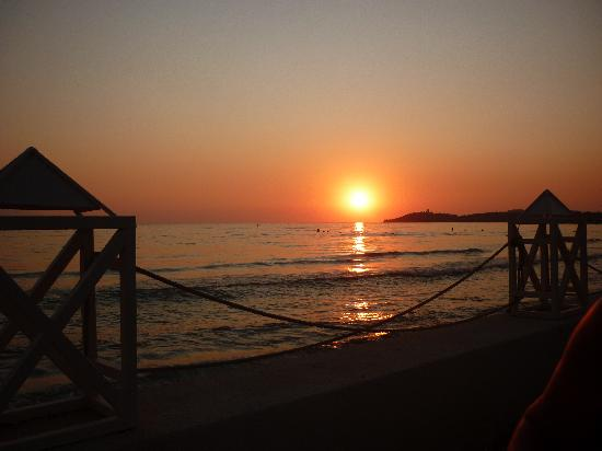 Ephesia Holiday Beach Club: super coucher de soleil tous les soirs