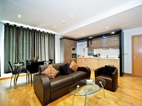 Staycity Serviced Apartments West End: Dining Area