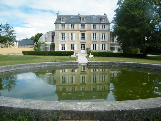 Chateau de Damigny
