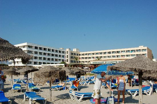 Hotel Son Baulo: Foto dell'hotel dalla spiaggia