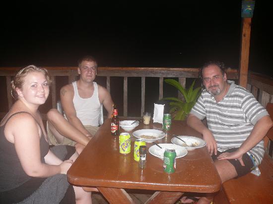 Panama Divers PADI Dive Resort: CON LOS DUEÑOS, ANGY & GREG
