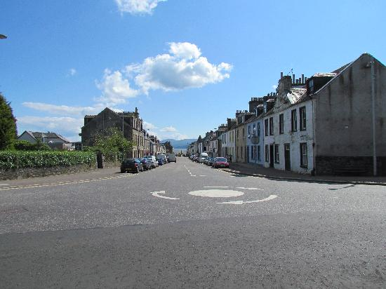 Empire Travel Lodge: Main street in Lochgilphead