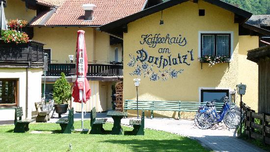 Uderns, Αυστρία: Gartenansicht