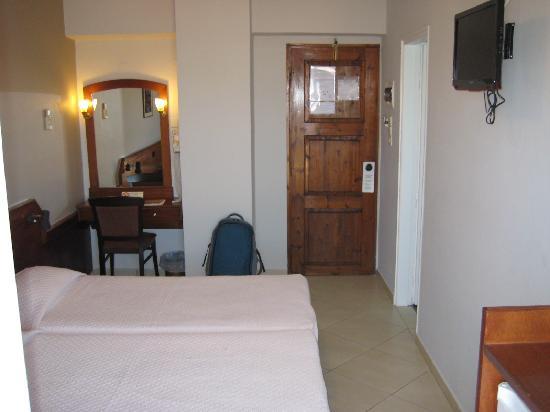 أركادي هوتل: Room in the highest floor